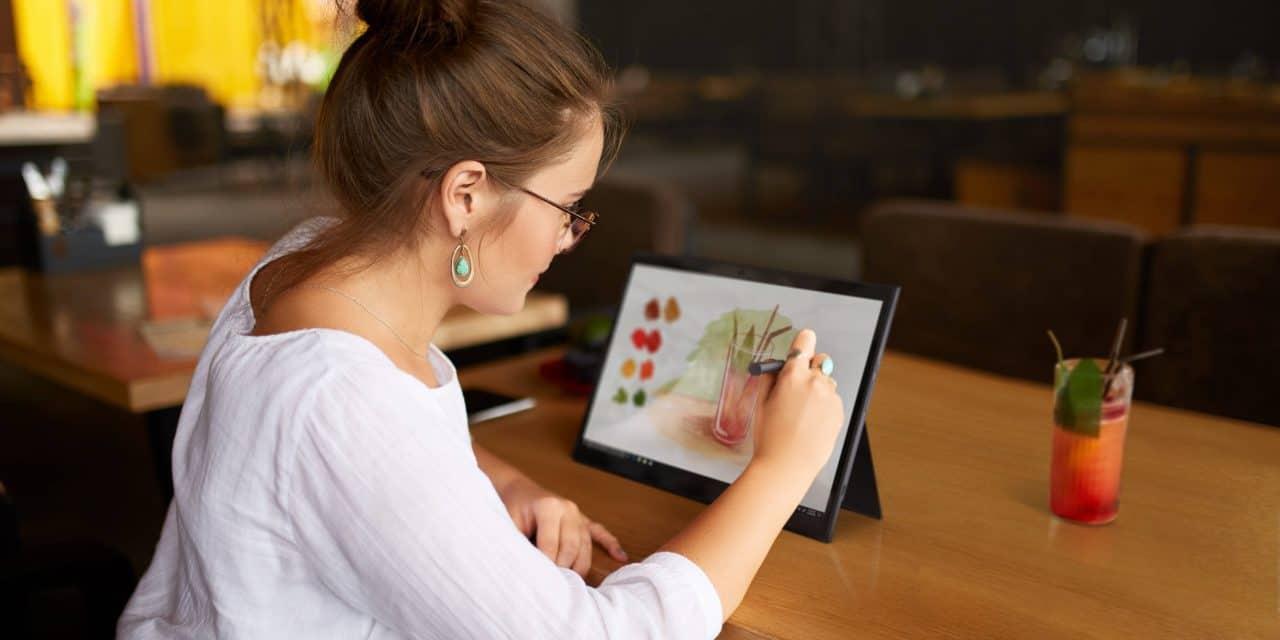 Vaša digitalna prihodnost je svetlejša z Lenovo tablicami in napravami za pametni dom